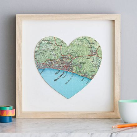 Brighton map heart with light wood frame