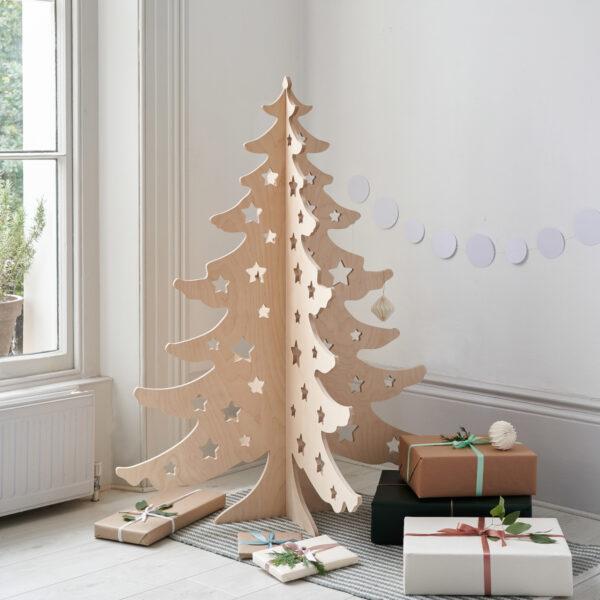 An Alternative Christmas Tree by Bombus