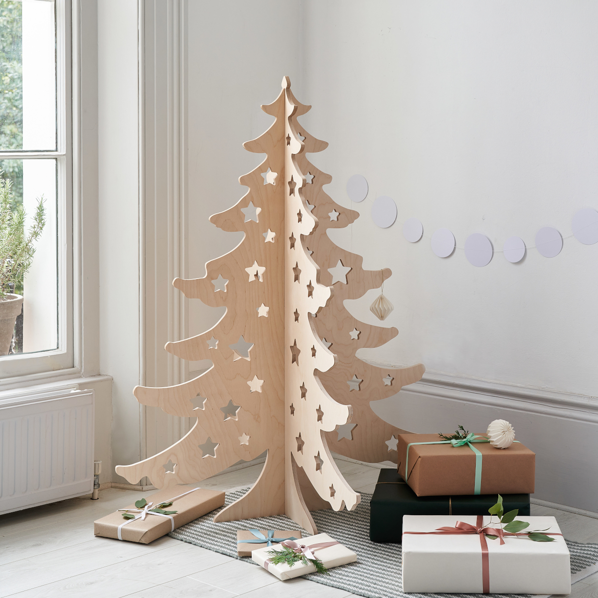 4ft Alternative Wooden Christmas Tree by Bombus