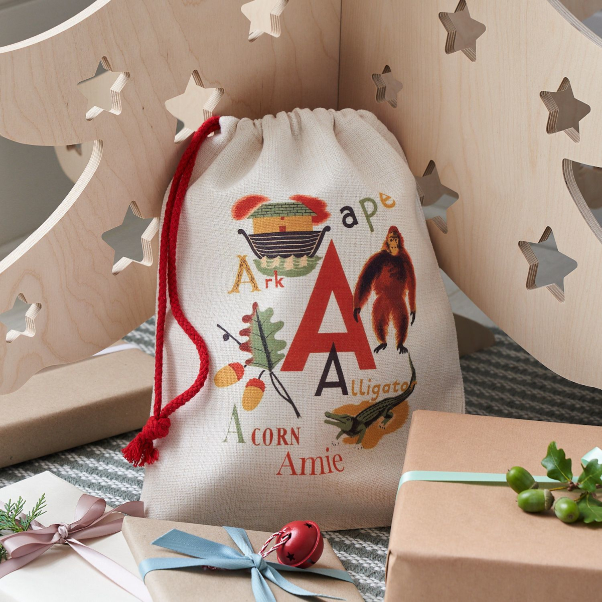 Alternative 4ft Wooden Christmas Tree and Christmas Eve bag by Bombus