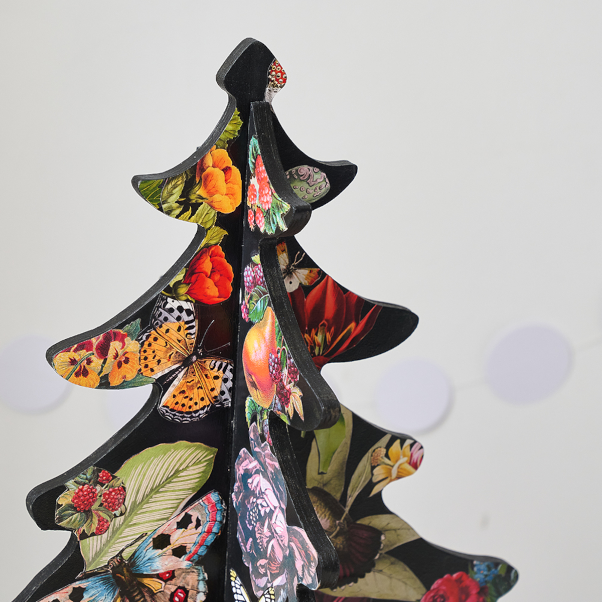 Alternative 4ft Wooden Christmas Tree Victoriana Floral by Bombus