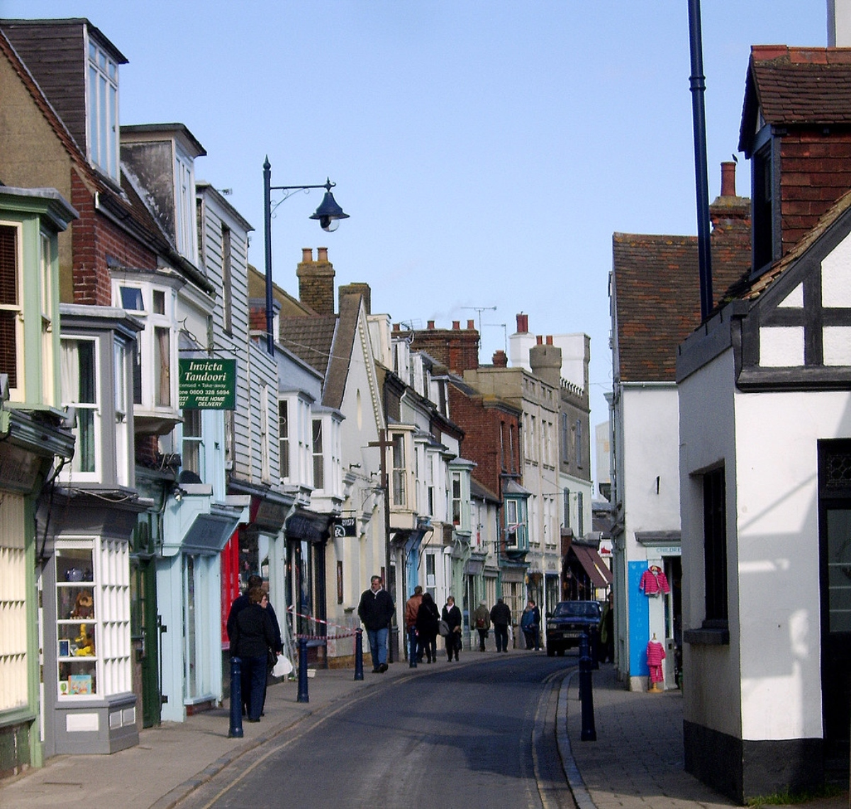 Harbour Street Whitstable, the perfect place to shop small.