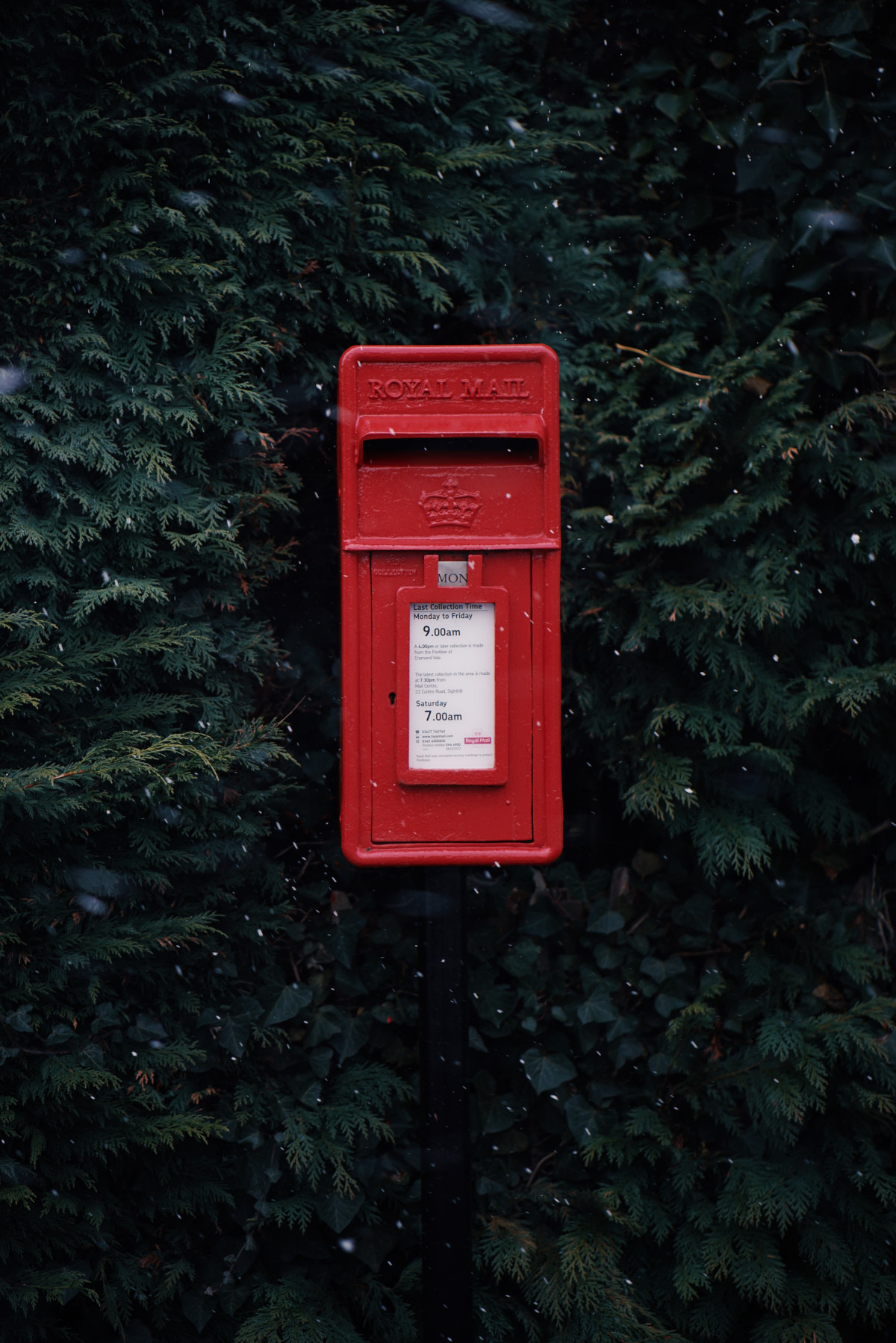 Postbox where you can mail your thank you gifts!