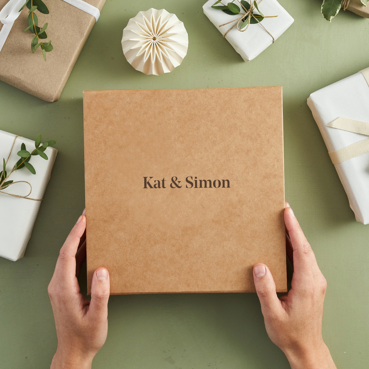 Gift box from Bombus