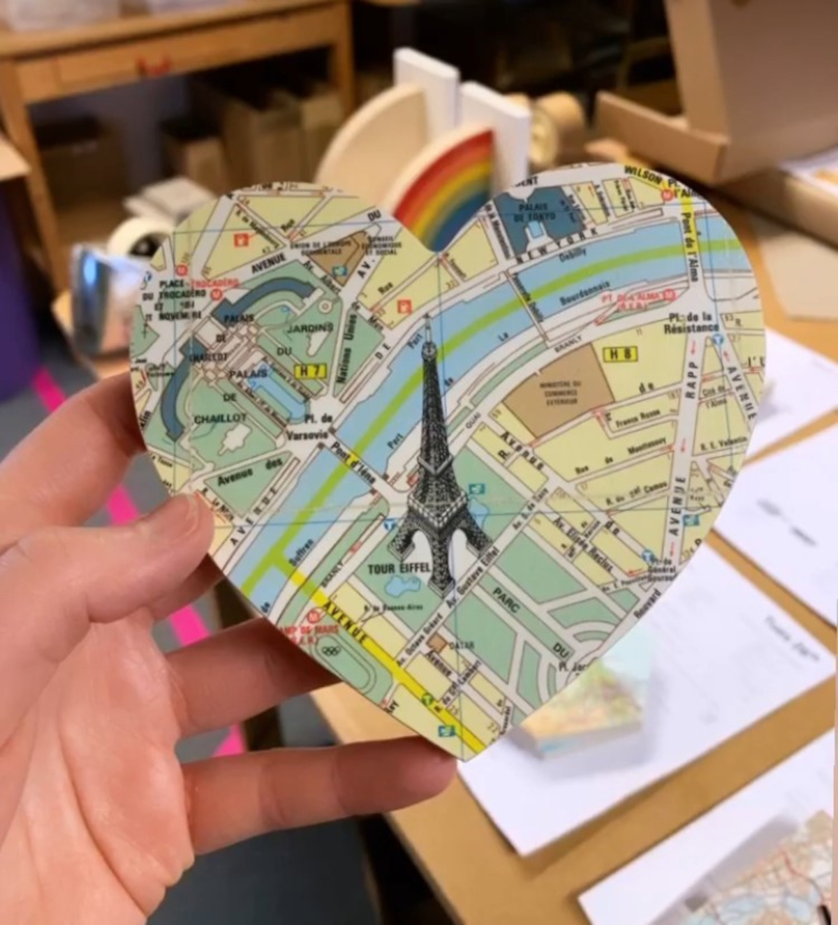Esther loves these detailed Paris maps!